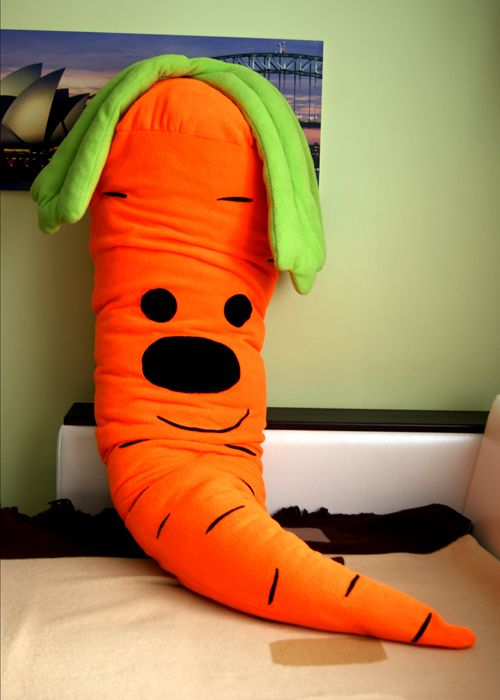 Подушка Чудесная морковка
